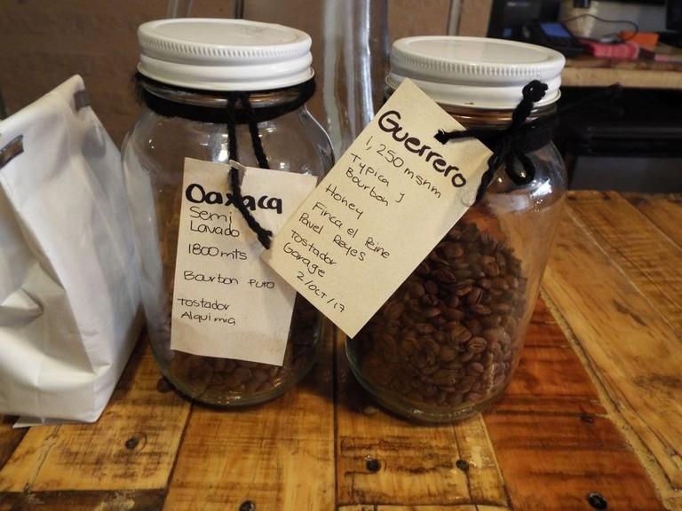 Camino a Comala coffeeshop │