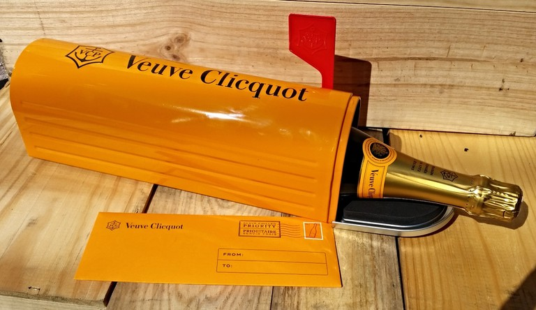 Fun champagne mailers at Veuve Cliquot