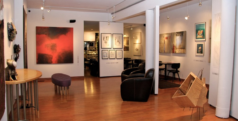 Coffee and art | Courtesy of Art Square Café & Gallery