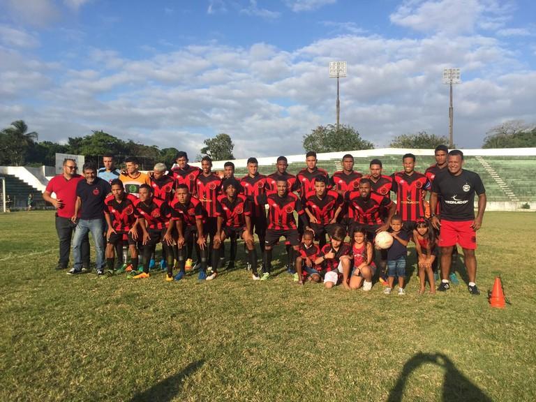 "Íbis Sport Club - The ""Worst Soccer Team in the World""   Courtesy of Nilsinho Filho"