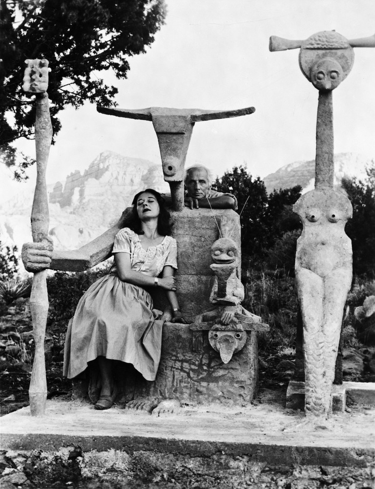 Dorothea Tanning and Max Ernst with his sculpture, Capricorn, 1947 © John Kasnetsis copy