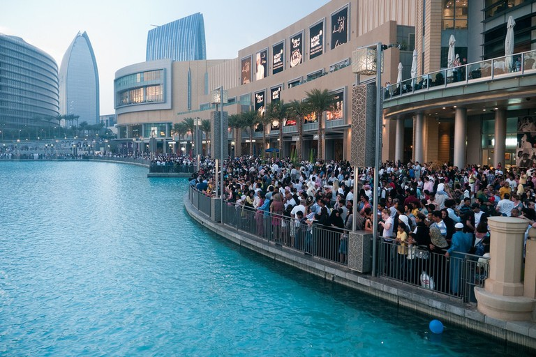Avoiding the crowds at Dubai Mall only comes with practice