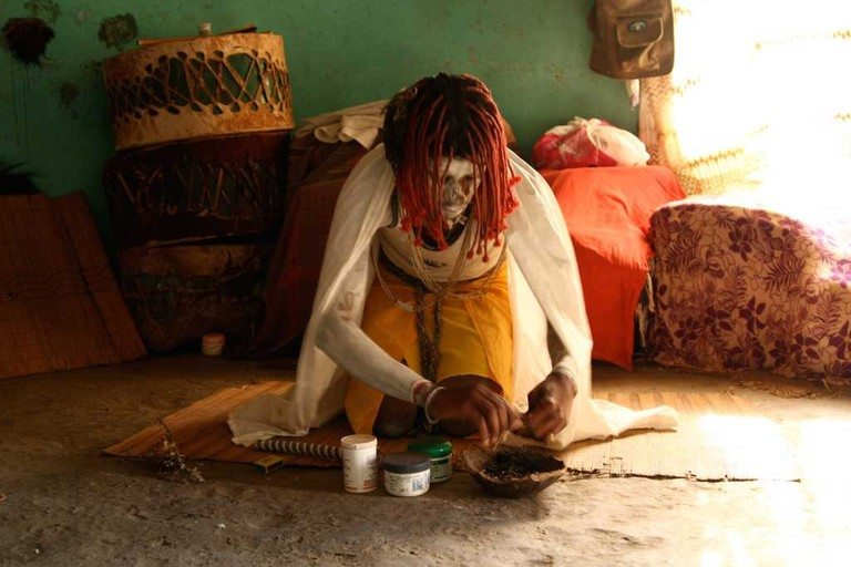 Eerie-Places-in-Africa-With-Most-Spine-Chilling-Urban-Legends_The-Impundulu