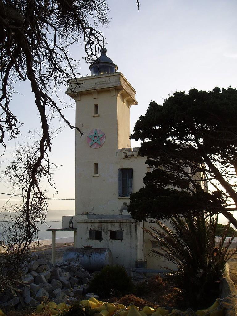 Faro_de_Cabo_Malabata