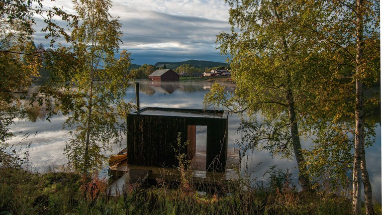Floating-sauna-by-Small-Architecture-Workshop-17