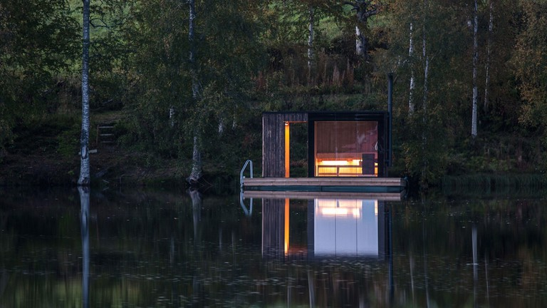 Floating-sauna-by-Small-Architecture-Workshop-3