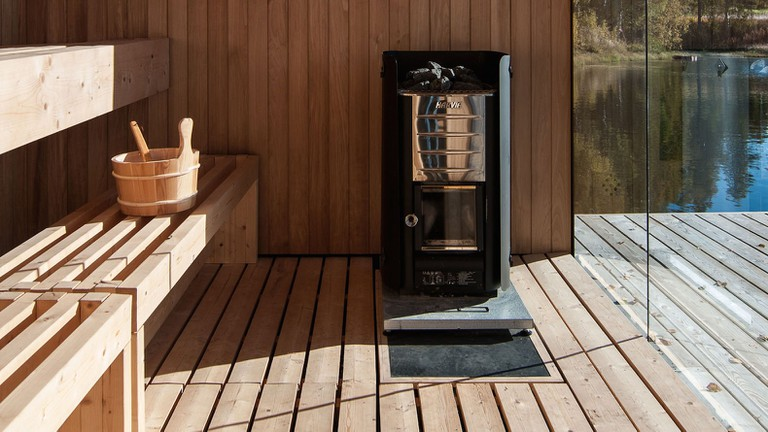 Floating-sauna-by-Small-Architecture-Workshop-6