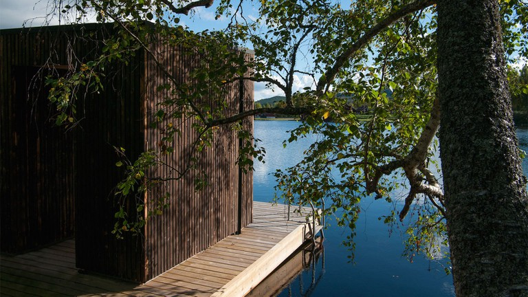Floating-sauna-by-Small-Architecture-Workshop-9