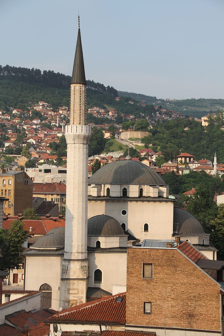 The Minaret of the Most Iconic Mosque in Sarajevo | © Bjoertvedt/WikiCommons