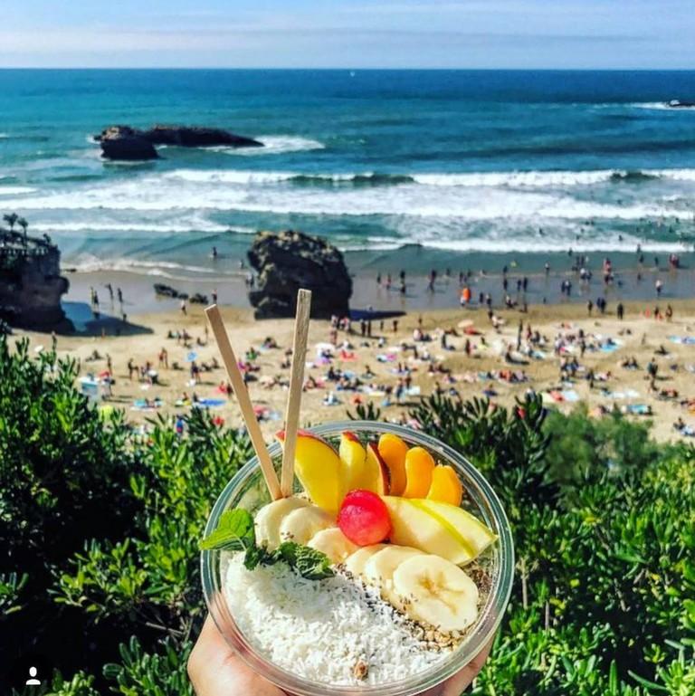 Go for an açai bowl after a surf session|