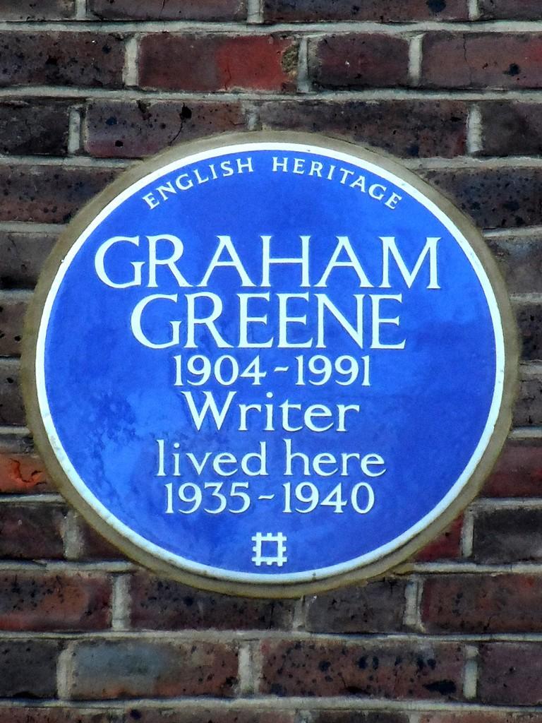 GRAHAM_GREENE_1904-1991_Writer_lived_here_1935-1940