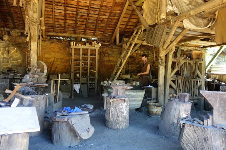 guedelon blacksmith sylvia edwards davis