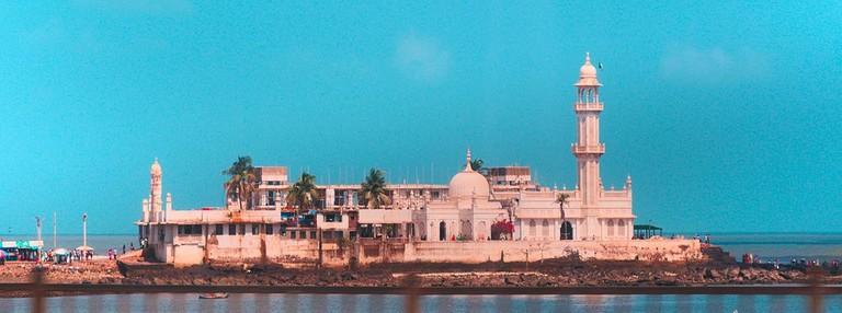 Haji Ali Dargah Mukesh Barnwal WikICommons