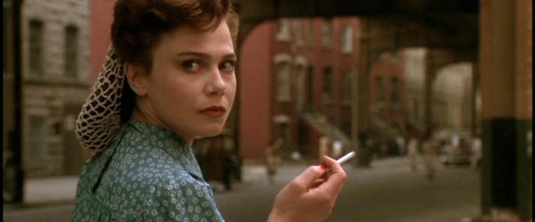 Lena Olin in 'Enemies: A Love Story' | © Twentieth Century Fox