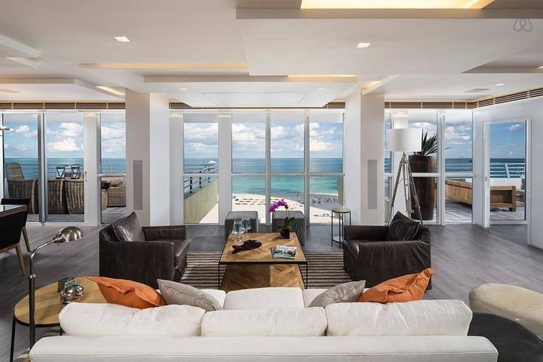 kardashian penthouse 2