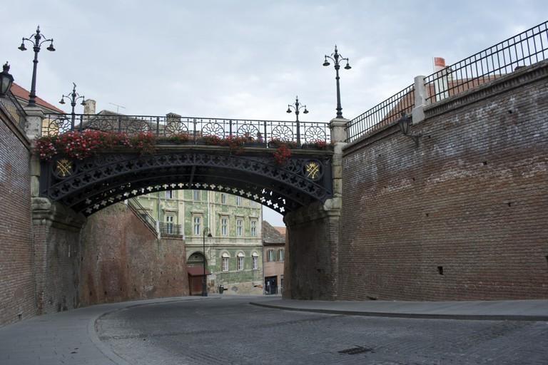 Lies Bridge