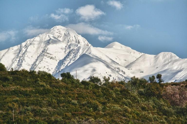mountains-77166_1280