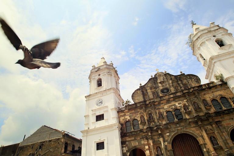 Plaza_de_la_Catedral,_Casco_Antiguo_de_Panamá.