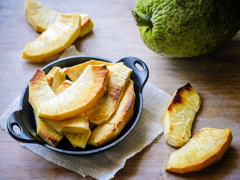 Roasted-and-Fried-Breadfruit_1