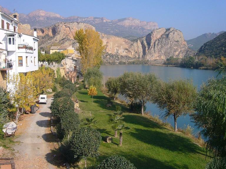 Sant Llorenç de Montgai, Catalonia, Spain | ©Jordiferrer / Wikimedia Commons-_02