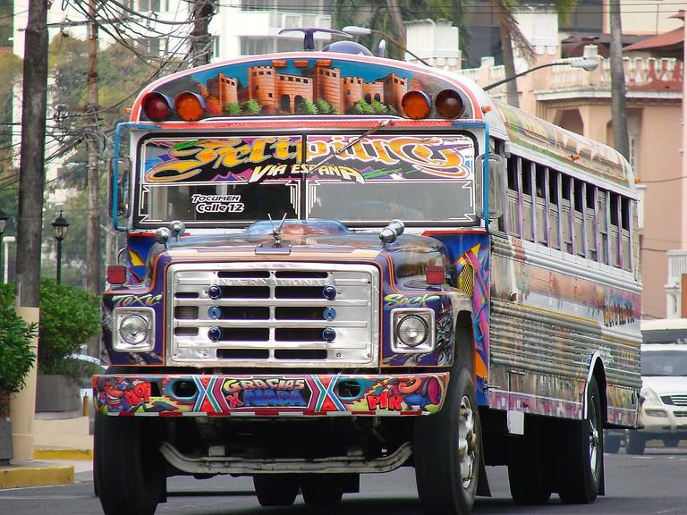 service-bus-879697_1280 (1)