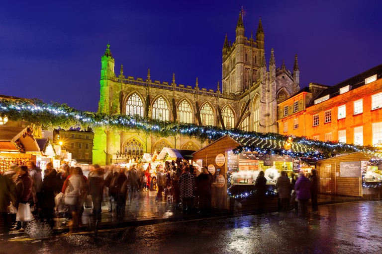 During the festive period vendors sell from temporary wooden chalets in the city centre | © antb/Shutterstock