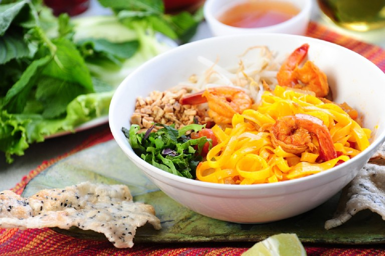 A bowl of delicious mi quang | © robertlamphoto/shutterstock