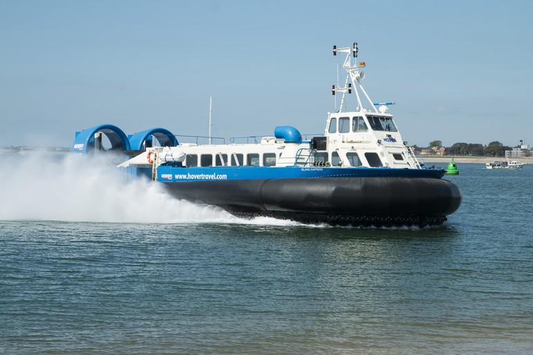 Hovercraft: Unpopular but still trying hard to be cool |© Gail Heaton / Shutterstock