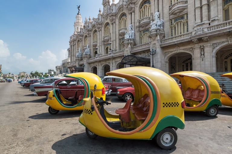 We're going coco-loco for these cute taxis |© Roberto Lusso / Shutterstock