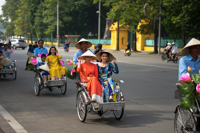 These nippy three-wheeled bikes are often faster than cars|© Vietnam Stock Images / Shutterstock