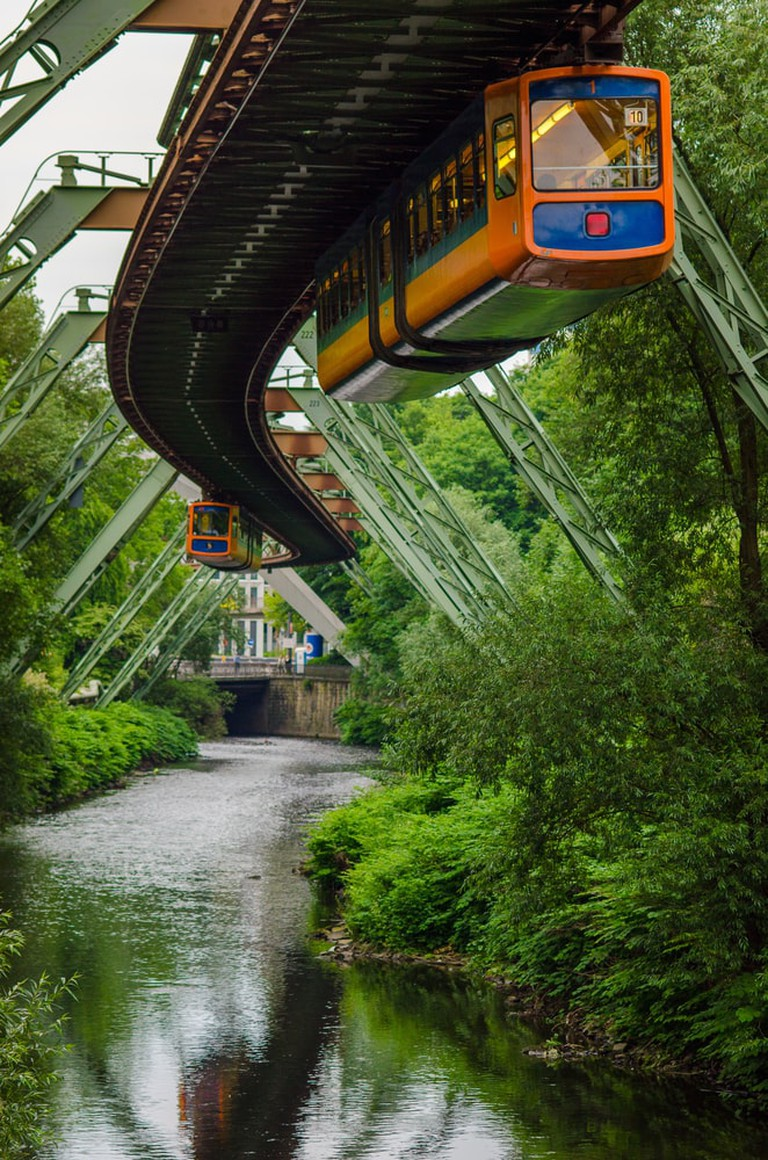 A beautiful view from this monorail |© DG-photo / Shutterstock