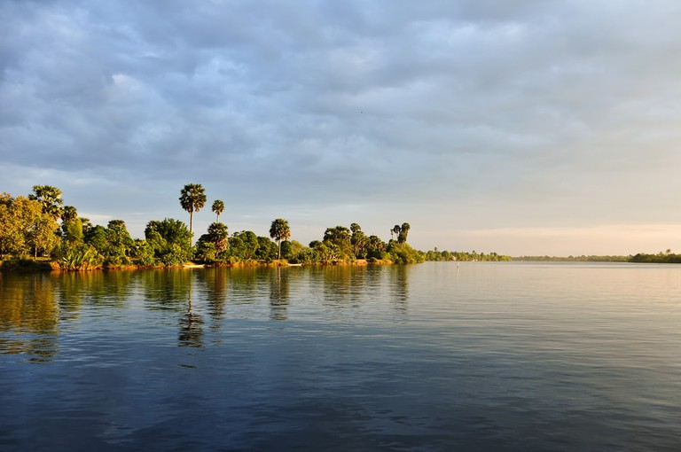 Enjoy idyllic Kampot River