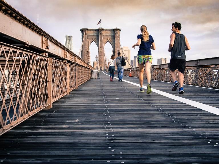Runners on Brooklyn Bridge