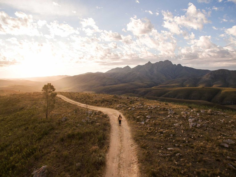 The-Most-Scenic-Road-Trips-to-Take-Across-South-Africa_Baviaanskloof
