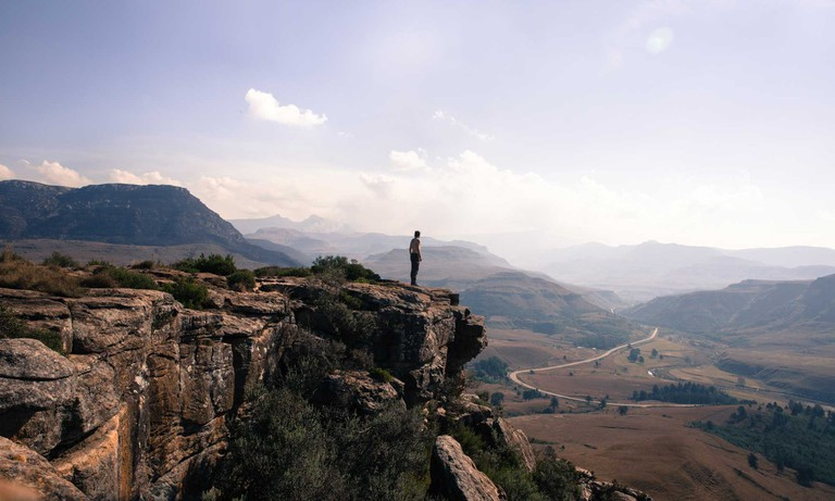 The-Most-Scenic-Road-Trips-to-Take-Across-South-Africa_Sani-Pas