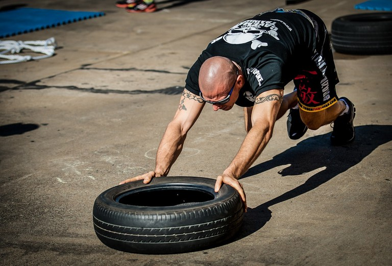 CrossFit tyre push