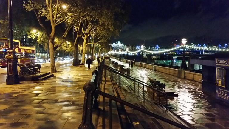 Victoria Embankment at night