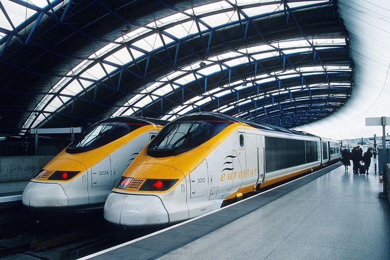 1024px-Eurostar_3012_Waterloo