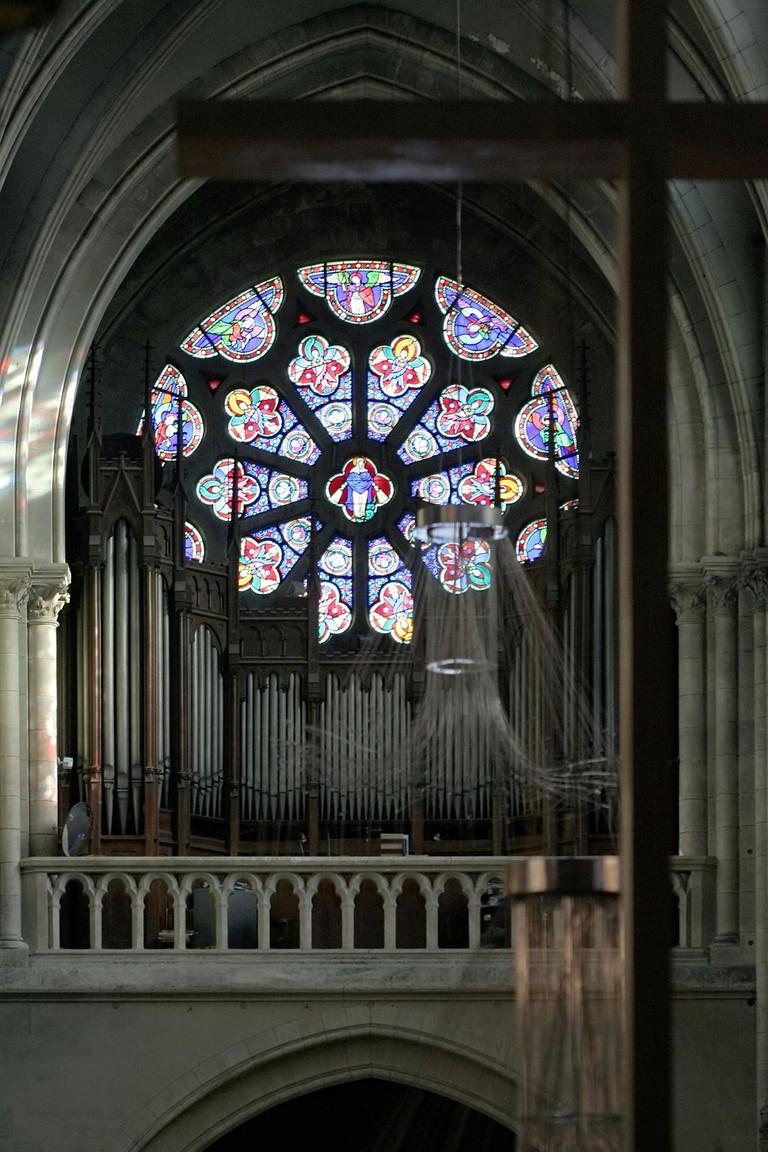 1024px-Église_Saint-Jean-Baptiste_de_Belleville_-_orgue,_rose