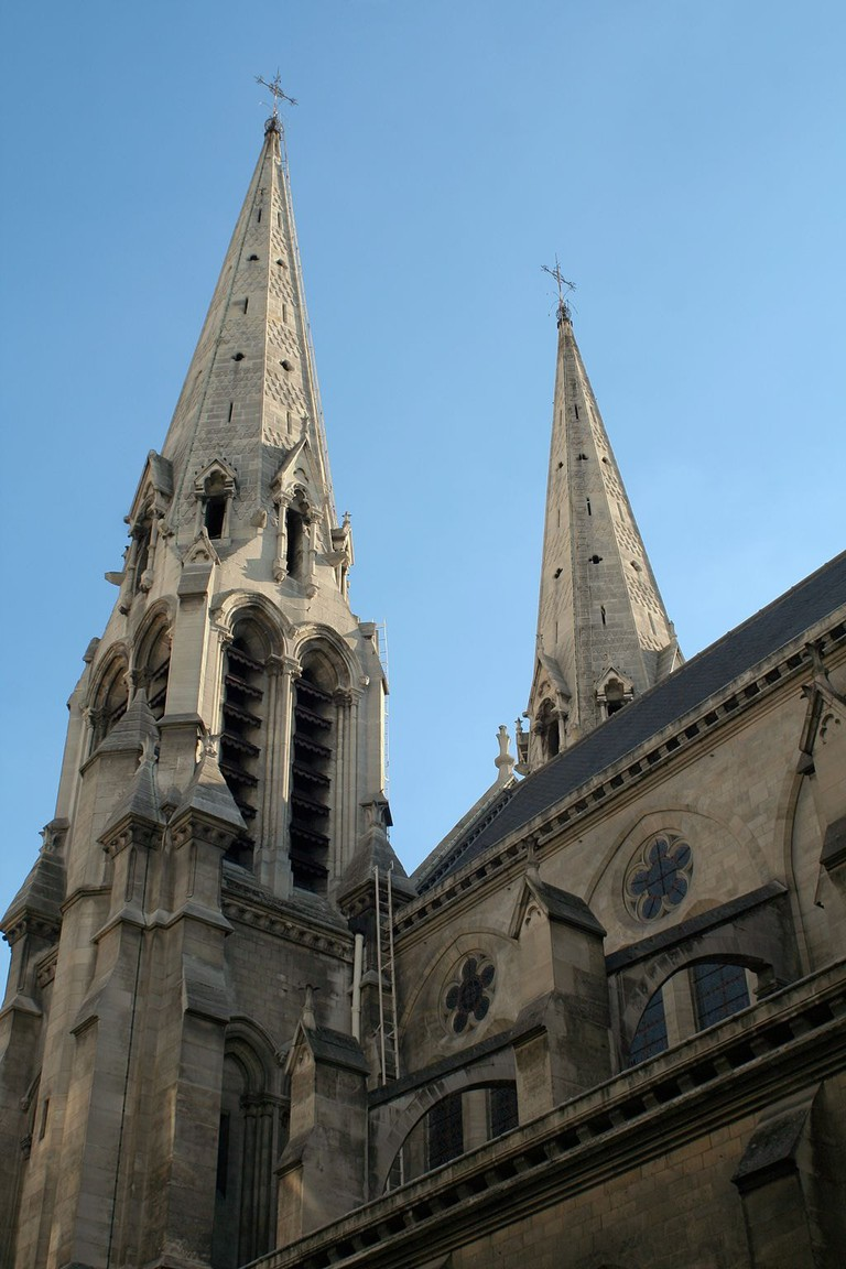 1024px-Église_Saint-Jean-Baptiste_de_Belleville_-_tours