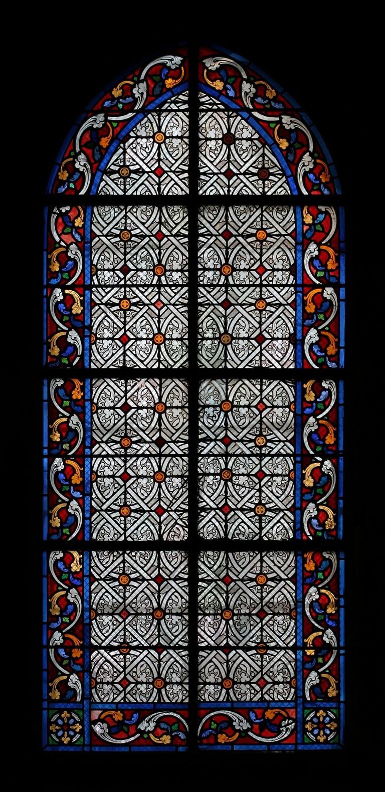 1024px-Église_Saint-Jean-Baptiste_de_Belleville_-_vitrail_d'une_chapelle