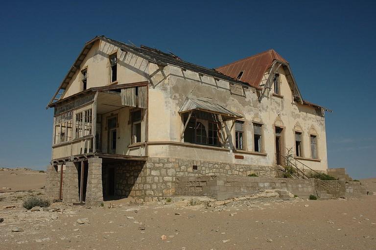 Crumbling house