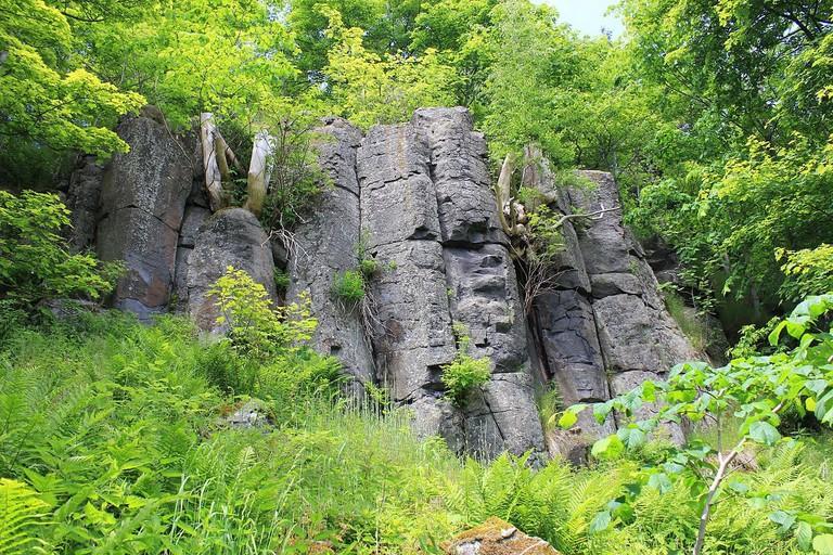 1200px-Basaltfelsen._Scheibenberg..IMG_9585WI