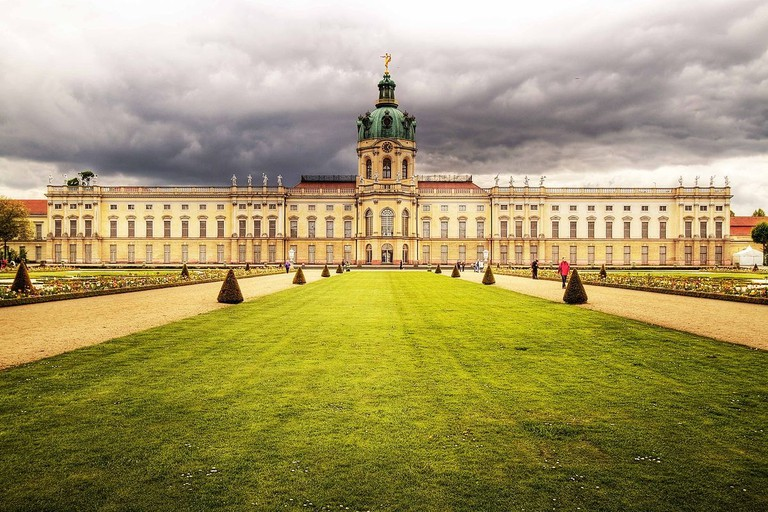 1200px-Charlottenburg_Palace_04