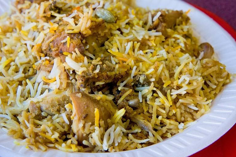 1280px-Hyderabadi_Chicken_Biryani