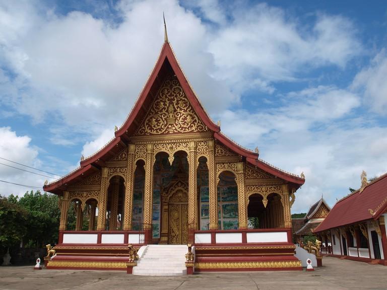 Wat Manorom | © Iwan Gabovitch/Flickr