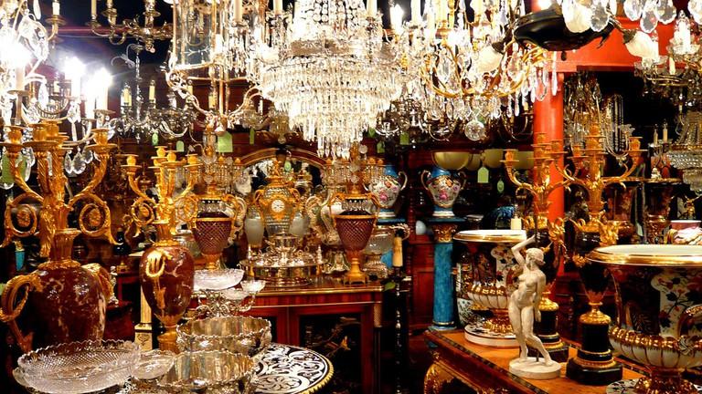 Antique Market | © Harry Lawford / Flickr