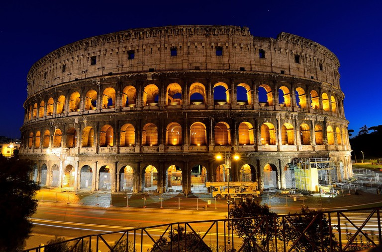 The Colosseum at night | © Javier Vieras/Flickr