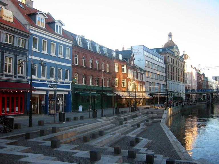 Aarhus_DK_Gastronimie_am_Kanal_Feb_04