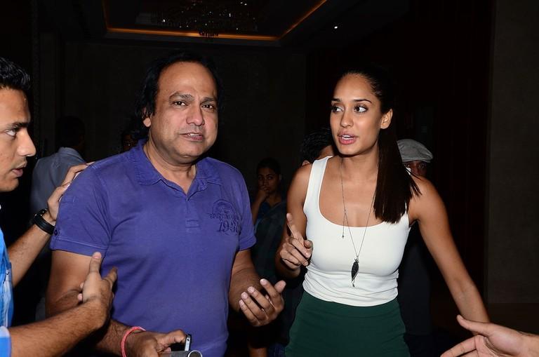 Actress_Lisa_Haydon_with_Suresh_Sharma